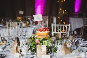 2-Rustic-Chic-Barn-Wedding-in-Suffolk